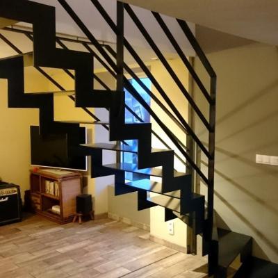 Escalier métallique en crémaillère - Art Métal Concept Quimper