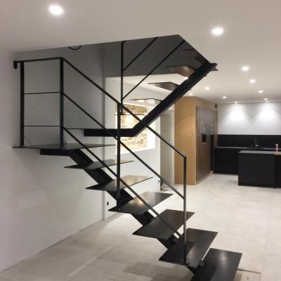 Escaliers tout métal