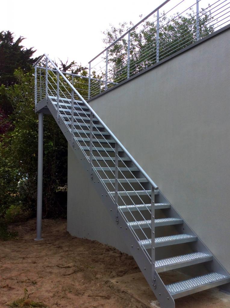 Garde-corps pour terrasse avec escalier d'accès - Art Métal Concept