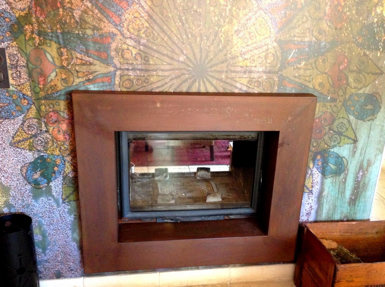 Habillage métallique pour cheminée - Art Métal Concept