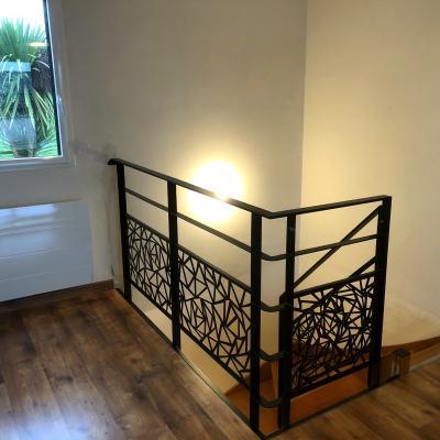 Renovation escalier bois garde corps contemporain art metal concept quimper bigouden 5